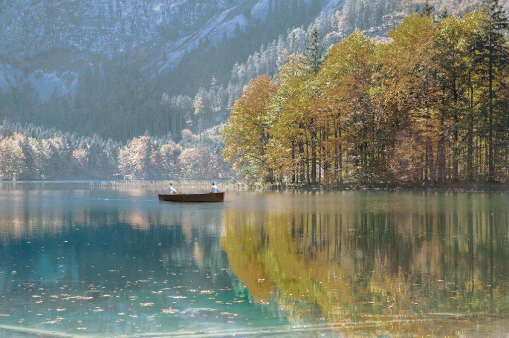 spritz-barque-en-bois-ancienne-traditionnelle-bateau-classic-annexe