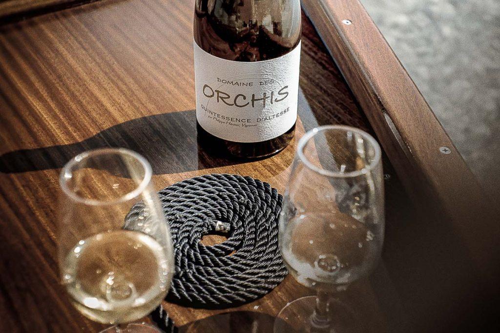 apero-barque-bois-annecy-orchis-vins-savoie