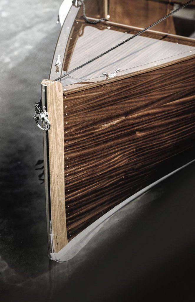 etrave-bois-spritz-barque-en-bois-ancienne-traditionnelle-bateau-classic-annexe-