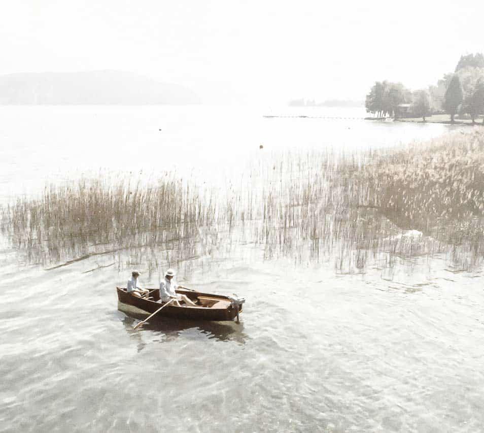 balade-barque-bois-lac-annecy